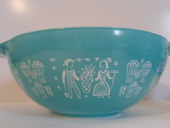 Vintage Turquoise Pyrex for Sale in Southbury,  CT