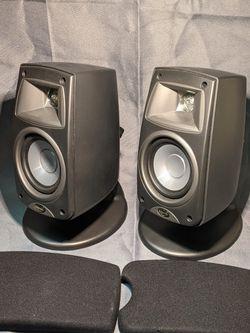 (2) Klipsch Quintet III Speakers QUIN3BK for Sale in Old Bridge Township,  NJ