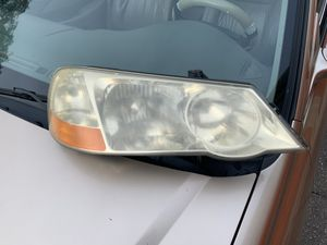 2003 Acura TL left headlight great condition HARD TO FIND for Sale in Deltona, FL