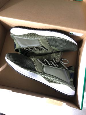 Brand new Puma athletic trainer shoes size 10 for Sale in Atlanta, GA
