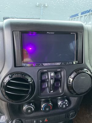Full car audio system for Sale in Virginia Gardens, FL