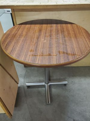 Round table for Sale in Bakersfield, CA