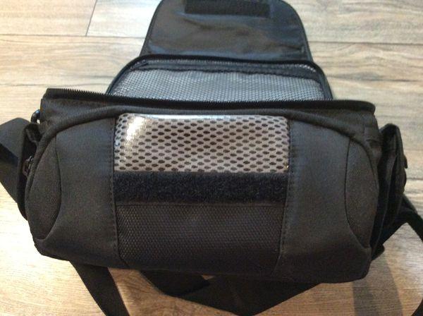 Like New! Lowepro Edit 140 digital camera/video bag
