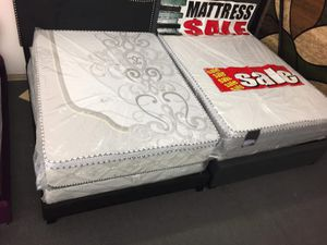 ORTHOPEDIC PILLOW TOP MATTRESS AND BOX SPRINBG for Sale in Cicero, IL