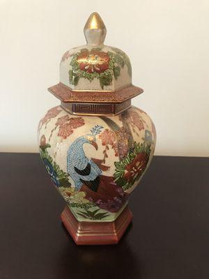 Antique Oriental Vase for Sale in Miami, FL