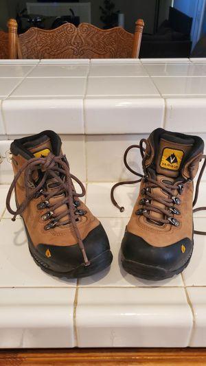 Womens 7.5 Vasque gtx gore tex boots for Sale in Las Vegas, NV