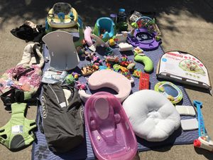Everything you need for a baby under 1 year for Sale in West Lake Hills, TX