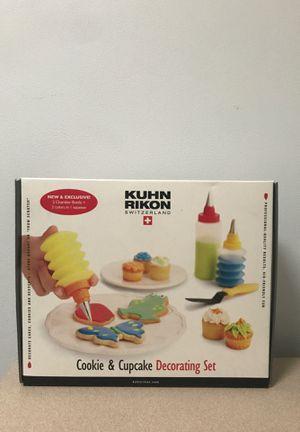 Kuhn Rikon - Cookie & Cupcake Decorating Set for Sale in Annandale, VA