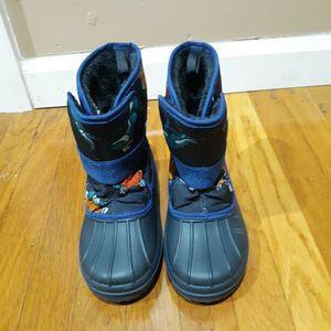 Boys snow boots..... Botas de nieve para niño. for Sale in West Covina, CA
