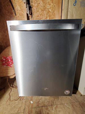 New Whirlpool stainless Dishwasher for Sale in Port Orchard, WA
