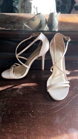 Strappy nude heels size 7 for Sale in Las Vegas, NV