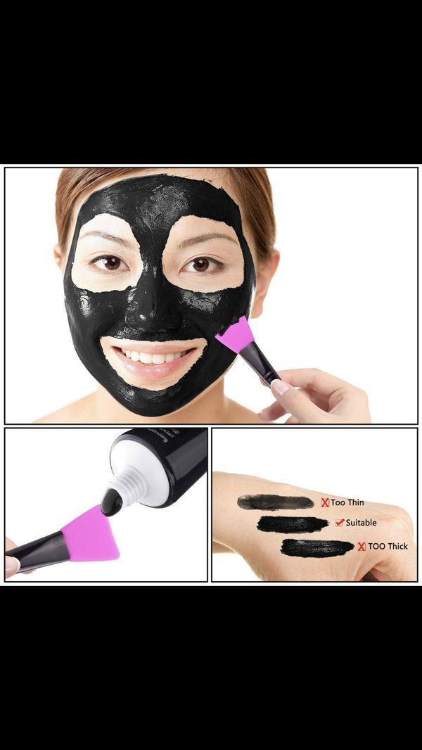 Naiyo Black Mask, Blackhead Remover Mask, Charcoal Peel Off Mask, Charcoal Mask, Charcoal Face Mask for All Skin Types with Brush - 60 Gram Pack