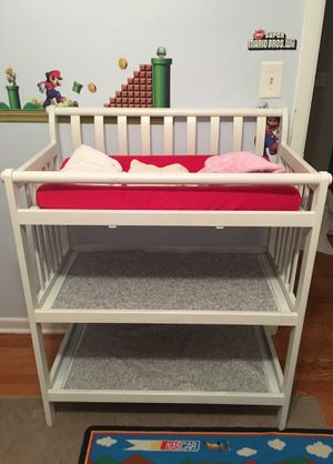 Changing Table with Pad and 4 covers for Sale in Addison, IL