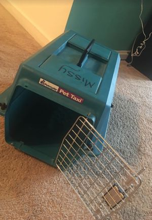 Pet carrier for Sale in Germantown, MD