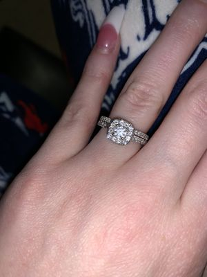 14kt White Gold Wedding Ring Set for Sale in Charlotte, NC