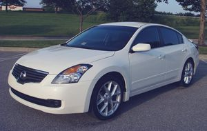 Intermittent Wipers 2007 Nissan Altima Rear camera for Sale in Salt Lake City, UT