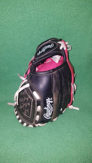 Rawlings pink girls baseball glove for Sale in Villa Park, IL