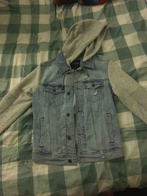 Hollister Denim Jacket (size: S) for Sale in Chantilly, VA