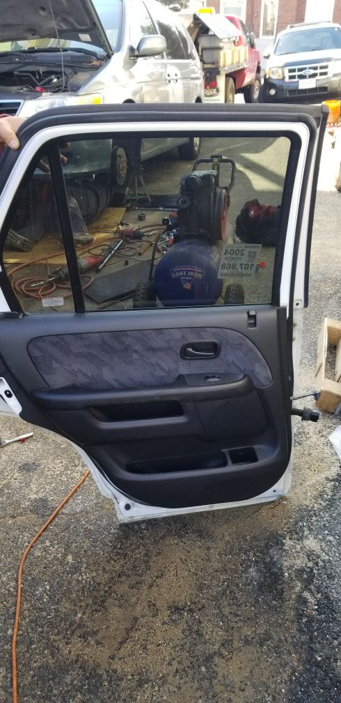 2004 Honda CRV full door