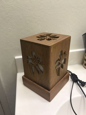Free Lamp for Sale in San Leandro, CA