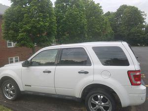 2008 Ford Escape 4WD 4 Cyl Auto Gas 110k miles for Sale in Weston, MA