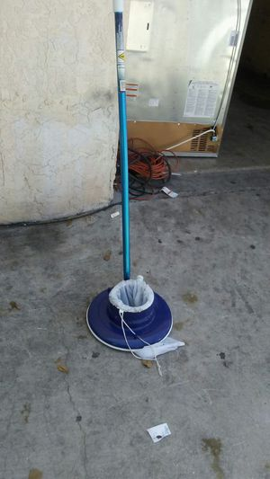 Pool cleaning for Sale in Pompano Beach, FL