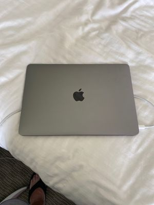 (MVFH2LL/A) MacBook Air Lightly Used A1932 for Sale in Clearwater, FL