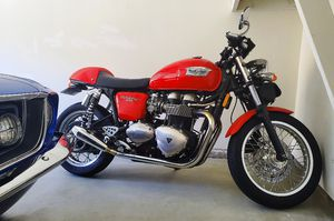 Triumph Thruxton Cafe Racer Motorcycle for Sale in Irvine, CA