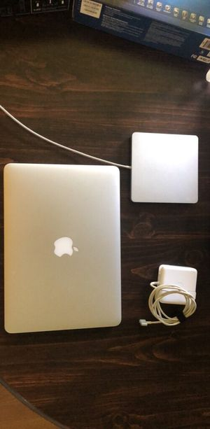 2015 MacBook Pro 2.7 ghz 256 go ssd for Sale in Morgantown, WV