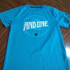 Good Condition, Men's Athletic T-shirt, Size Large for Sale in Menifee, CA