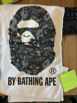 Bape Space Camo Tee size L for Sale in Oakland, CA
