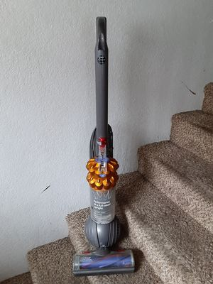 Dyson DC50 Upright Vacuum for Sale in Redondo Beach, CA