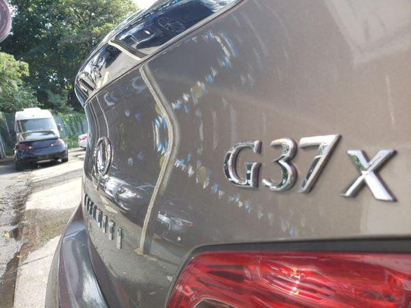 2012 Infiniti G37