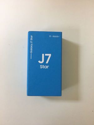 Samsung J7 star unlocked 32GB for Sale in Queens, NY