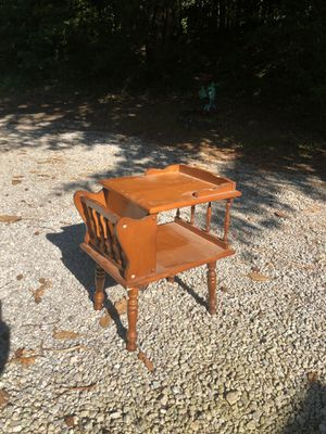 Vintage telephone table / end table for Sale in Villa Rica, GA