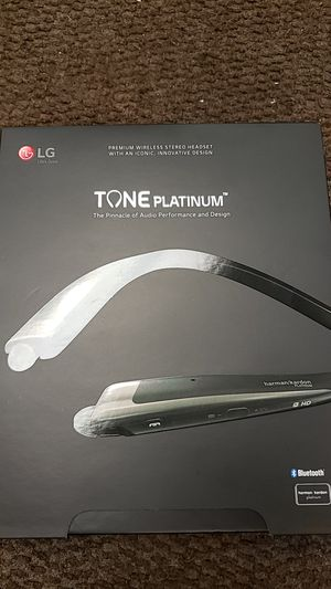Lg wireless tone platinum Harman/kardon headset for Sale in Stafford, TX