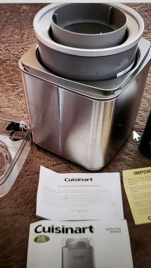 Cuisinart ice cream maker for Sale in Vacaville, CA
