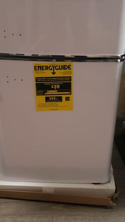 Magic Chef Mini Fridge for Sale in Atlanta,  GA