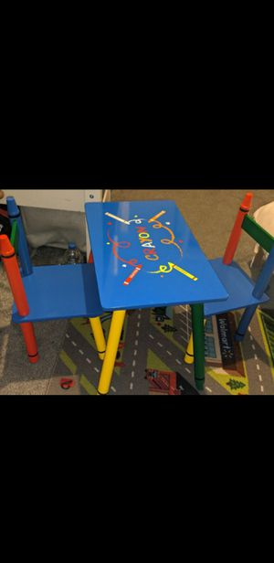 Brand new Crayola table for boy/girl for Sale in Pico Rivera, CA