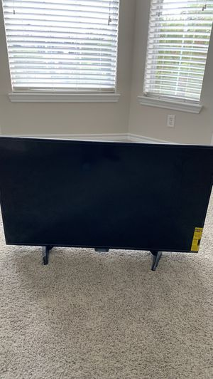 32 Inch TV ( Cracked) for Sale in Carrollton, TX