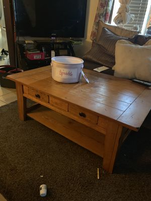 Coffee table for Sale in Saddle Brook, NJ