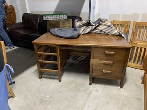 Antique solid oak desk. Very heavy and substantial piece. All 6 drawers are present and in perfect condition. Did not want to move other furniture for Sale in Baytown, TX