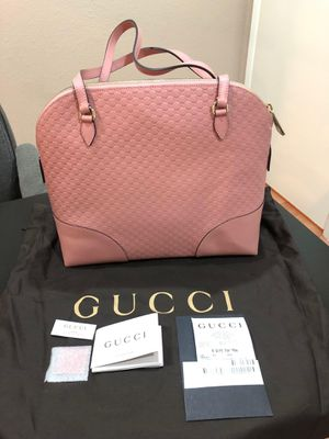 Gucci pink purse shoulder bag handbag with charm for Sale in City of Industry, CA