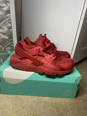 Nike triple red huaraches for Sale in Mountain View, CA