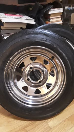TRAILER TIRES 480 - 12 -4.80 X 12 LRB 5 LUG for Sale in Los Angeles, CA