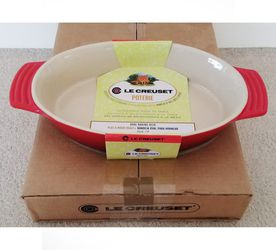 Le Creuset Oval Stoneware Deep Baker Dish Cerise Cherry Red for Sale in Cape Coral,  FL