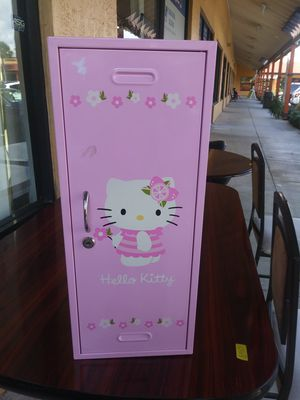 Small hello kitty locker for Sale in Hollywood, FL