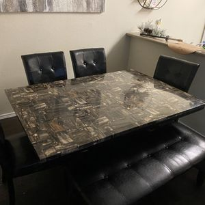 Sleek Marble Dining Table for Sale in Federal Way, WA