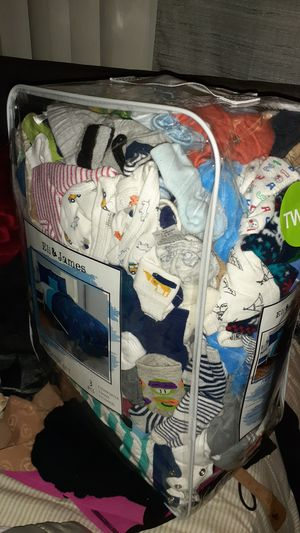 BOY CLOTHES FRM 0 MNTHS TO 3MNTHS for Sale in Bloomington, CA