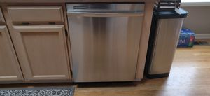 Whirlpool Dishwasher for Sale in Bonney Lake, WA